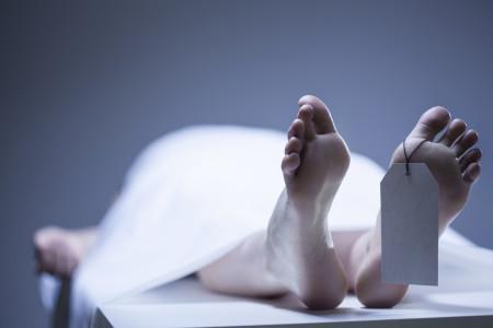 La candidémie entraîne le décès dans plus de 50% des cas.